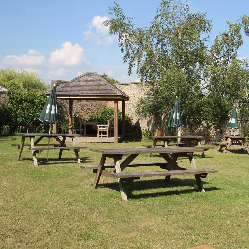 Pub Garden Outdoor Benches